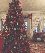 Tree in Lobby of Red Lion Inn